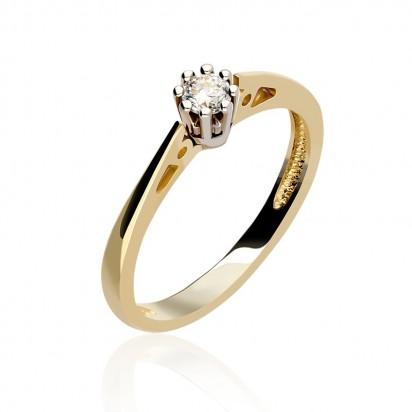 Piękny diament jako naturalne uzupełnienie złotego pierścionka