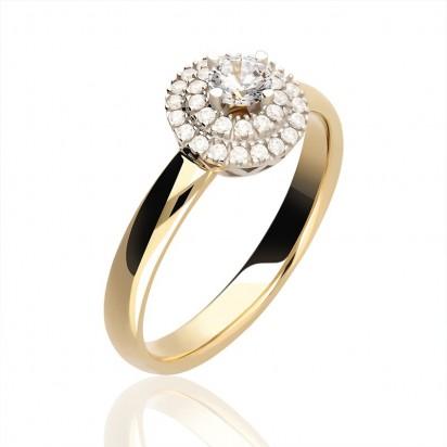 Pierścionek złoty z imponującą koroną.